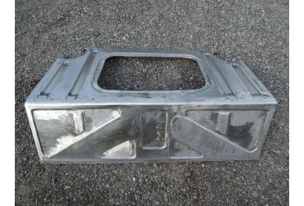 Plechový díly za zadní sedačku Tatra 603